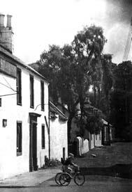 The Swan Inn Lennoxtoun 1