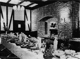 Burns Monument Hotel 1970