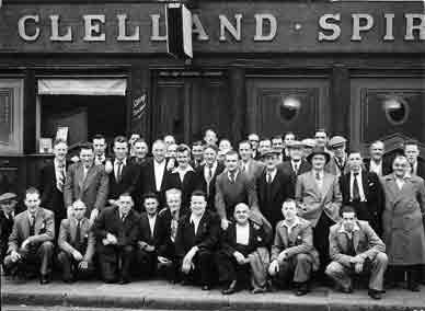 The Clelland Bar 1954