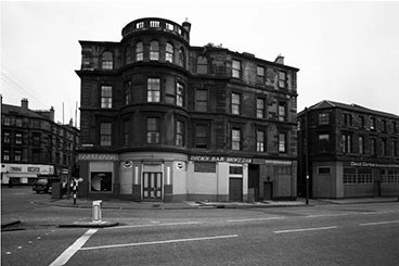 exterior view of Dick's Bar 3 Finnieston Street.