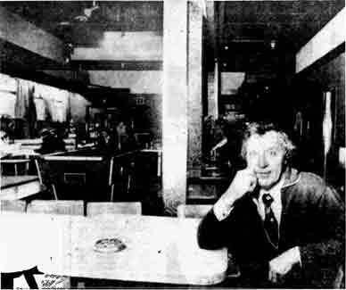 Clelland Bar interior 1979