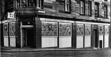 Duddington Inn Edinburgh 1972