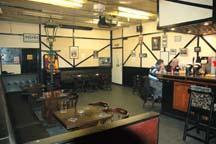 Lampost interior200512