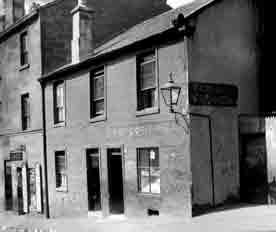 McDean's Bar Carrick Street