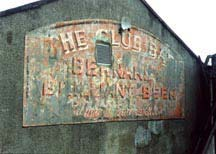 Club Bar sign
